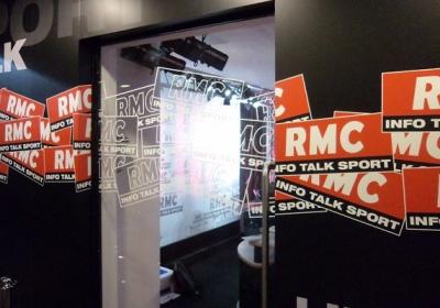 Adhesivage des studios RMC